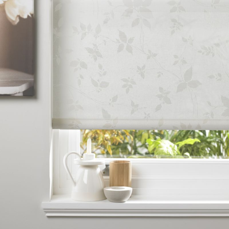 Seta Leaf Trail Pattern Roller Blind in Natural (180x160cm)
