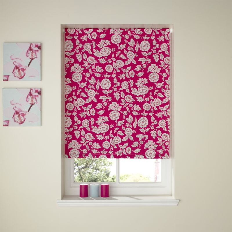 Colours by BandQ Scrapbook Floral Roller Blind