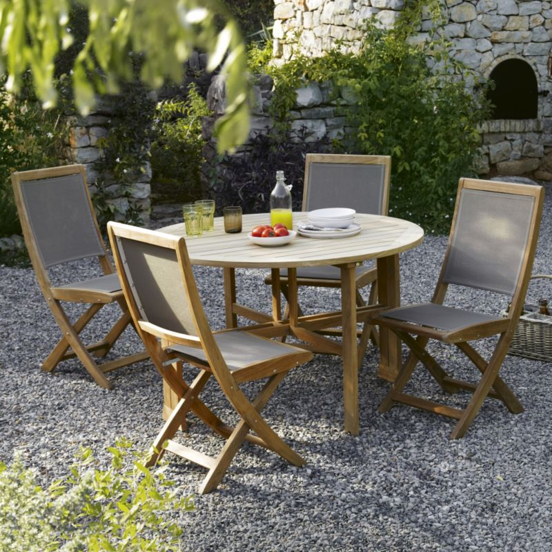 blooma brugge round wooden table 4 folding chairs garden set