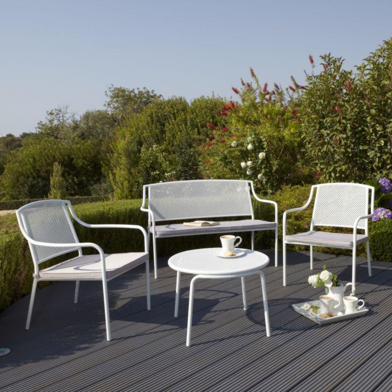 Bellona Garden Coffee Table, 2 Armchairs