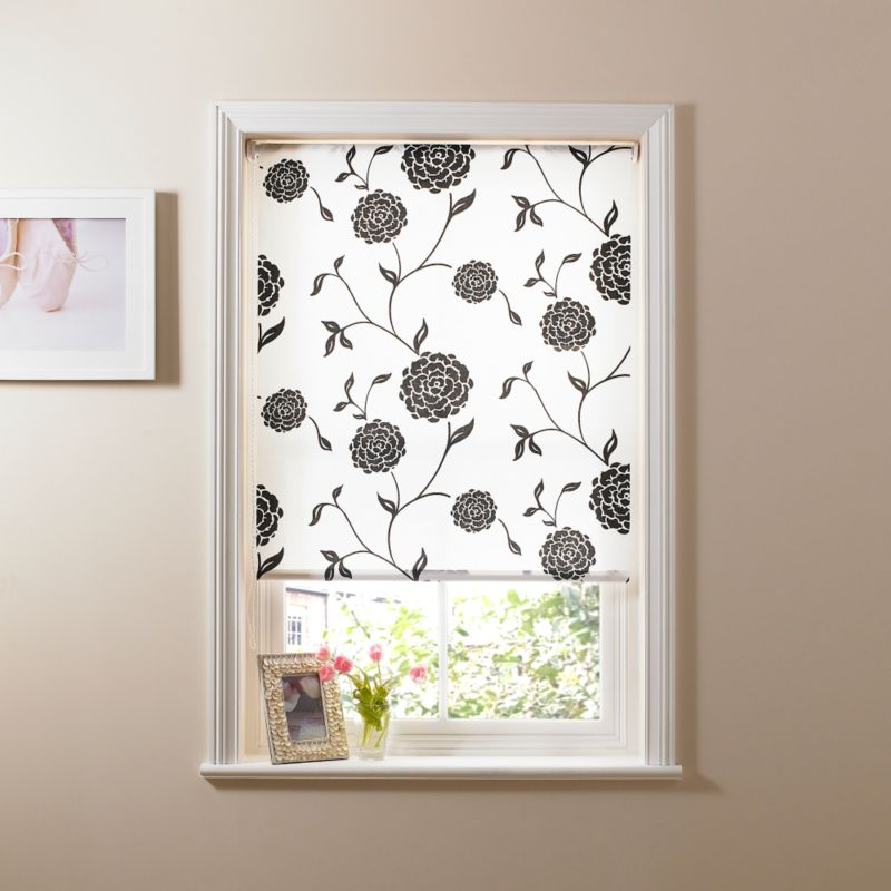 Colours by BandQ Printed Floral Roller Blind