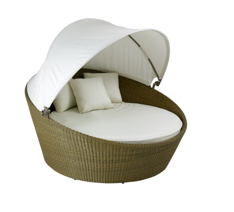 Tropica Bed With Canopy