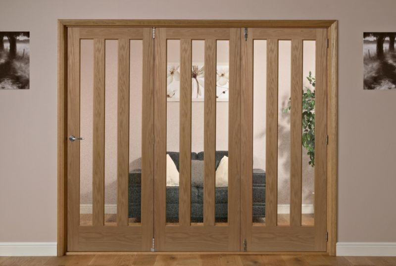 Saxton 3 Lite Oak Veneer Frosted Glass Interior Folding Door Right Hand