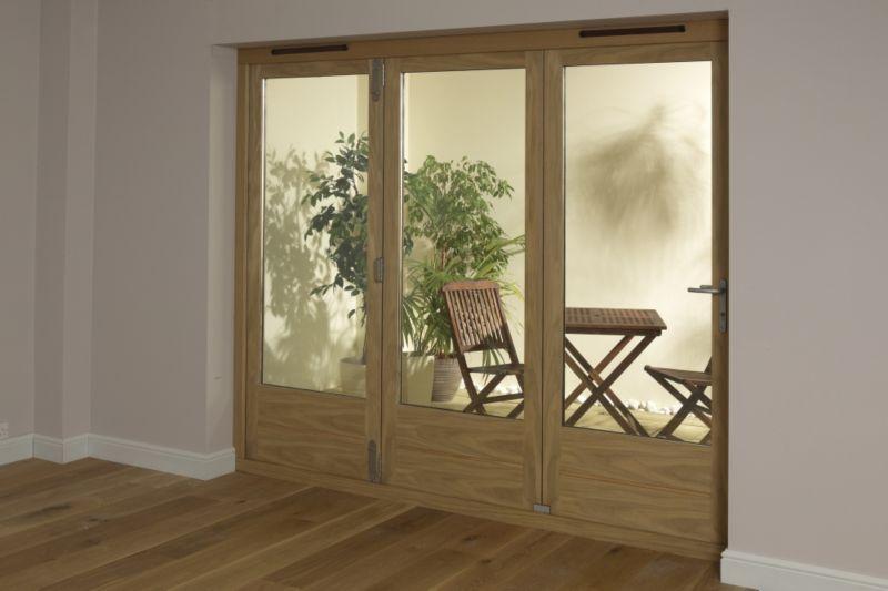 B&Q 8ft Light Oak Tri Fold Right Hand Folding Exterior Door 2090x2390mm