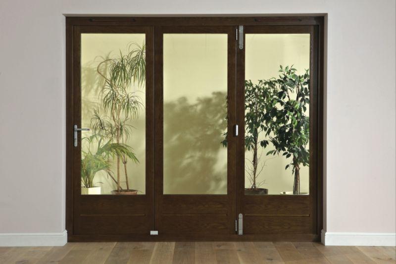B&Q 8ft Dark Oak Tri Fold Right Hand Folding Exterior Door 2090x2390mm