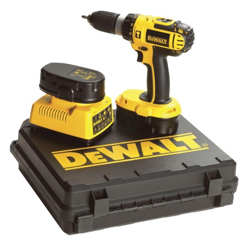 DeWALT 18v Combi Drill & 2 batteries