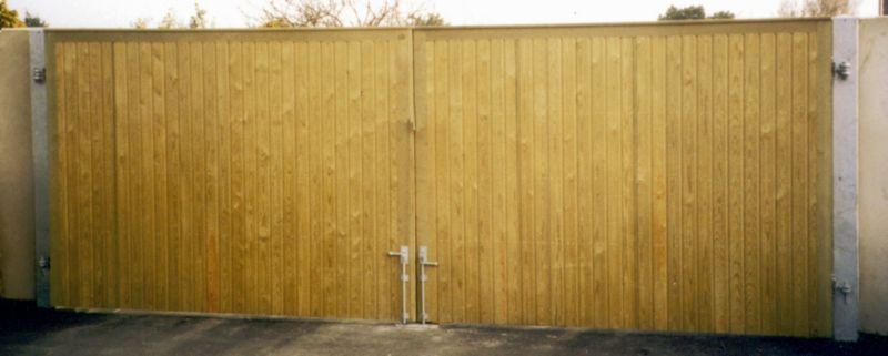 Rye Double Leaf Courtyard Gate (H)1.8m x (W)3.6m