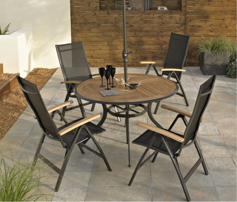 BandQ Bali 4 Seater Dining Set - Round Table and