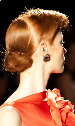 Jenny Packham runway hairstyle