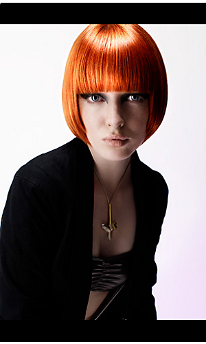 Collection Anne McGuigan look female red