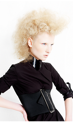 Contemporary Collection 2007 look female Blonde
